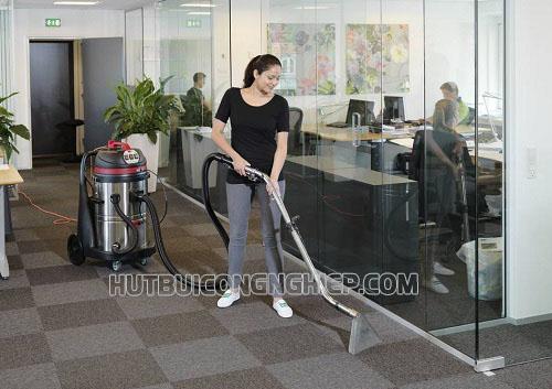 Giặt thảm định kỳ giúp thảm luôn được sạch sẽ như mới