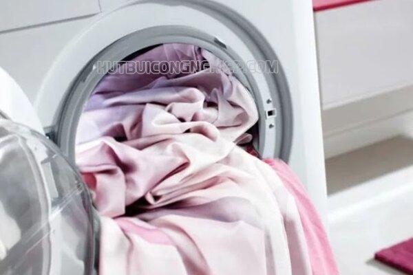 Hướng dẫn cách giặt ga giường bằng máy giặt đơn giản