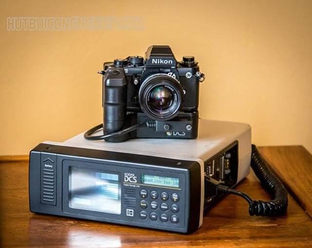 chiếc máy ảnh đầu tiên trên thế giới