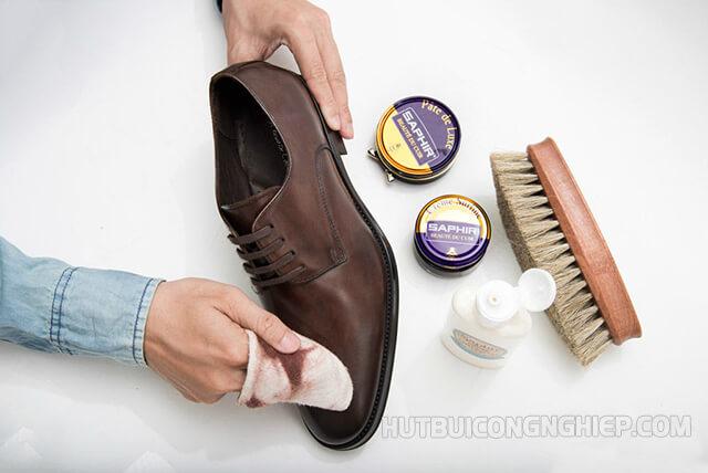 Những cách vệ sinh giày da đạt hiệu quả tốt nhất