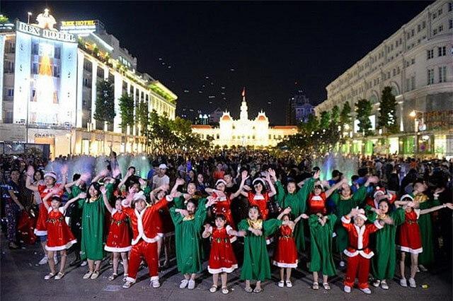 Địa điểm đi chơi Noel tại Sài Gòn