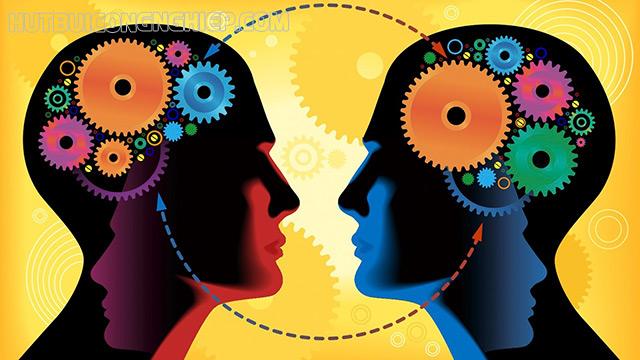 Đánh giá chủ quan là ý kiến, quan niệm,... mang tính cá nhân